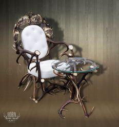Fotel skóra biała z poroża i stolik z poroża szyba okrągła